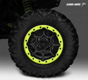 Maverick-1000R-X-ds-Turbo_Wheel-Beadlock-rear_15