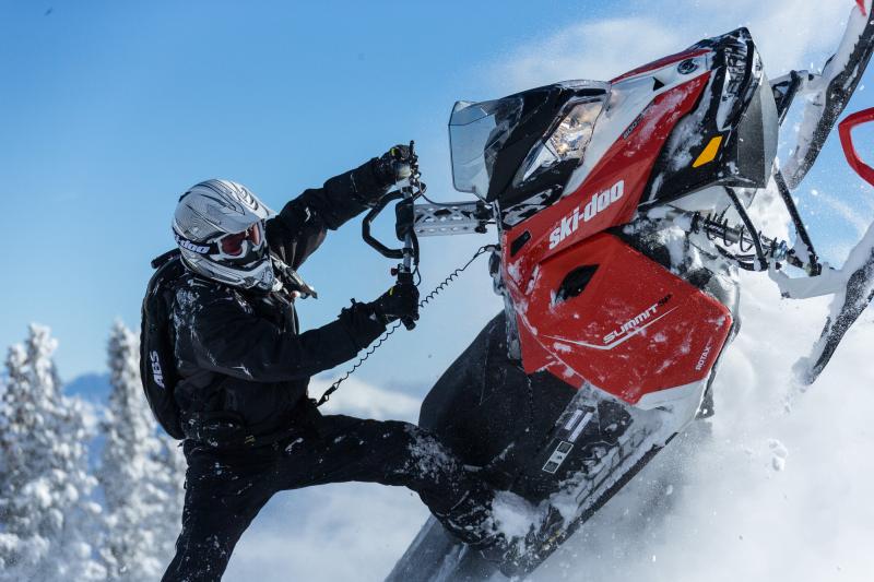 Лучшие тест драйвы снегоходов
