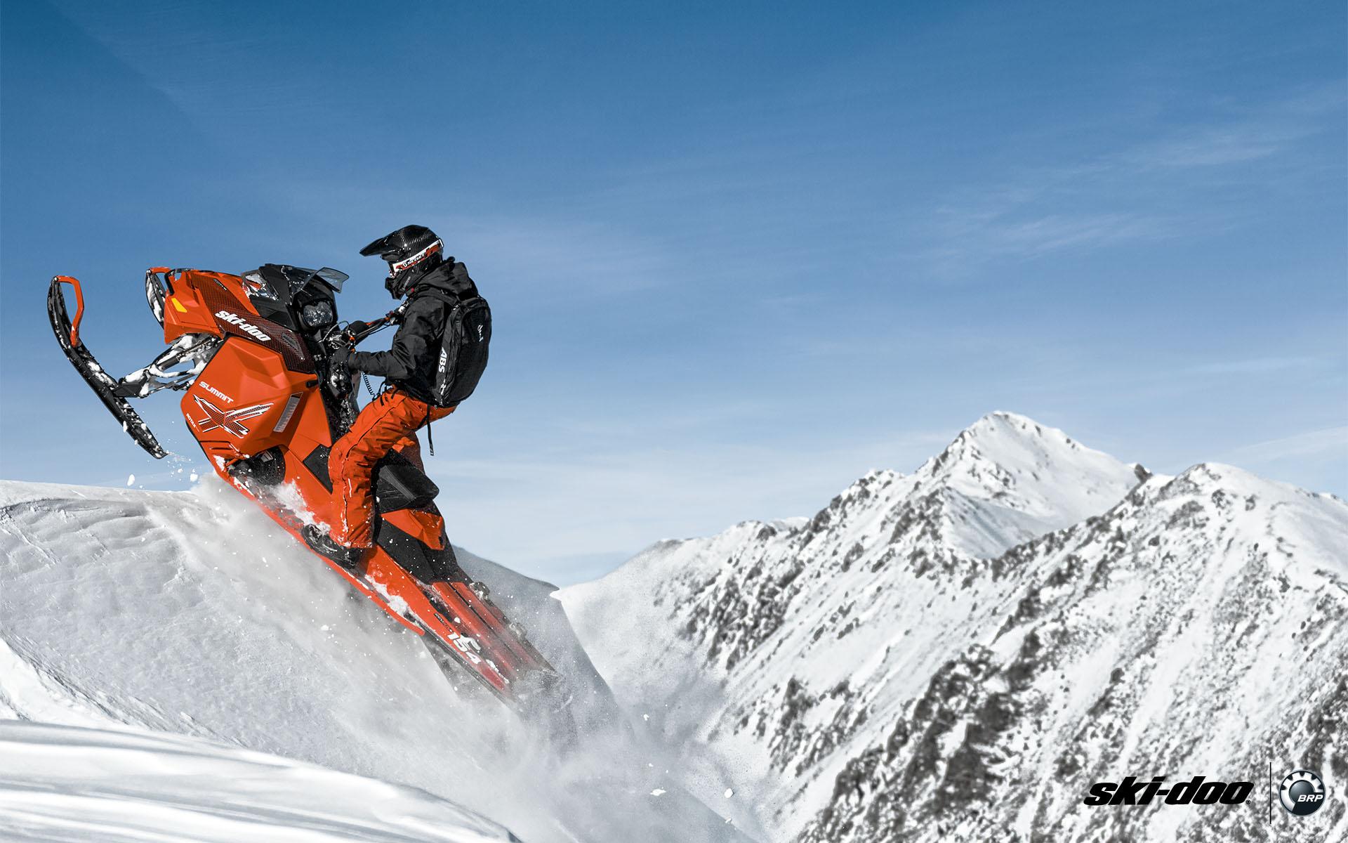 Характеристики спортивных снегоходов