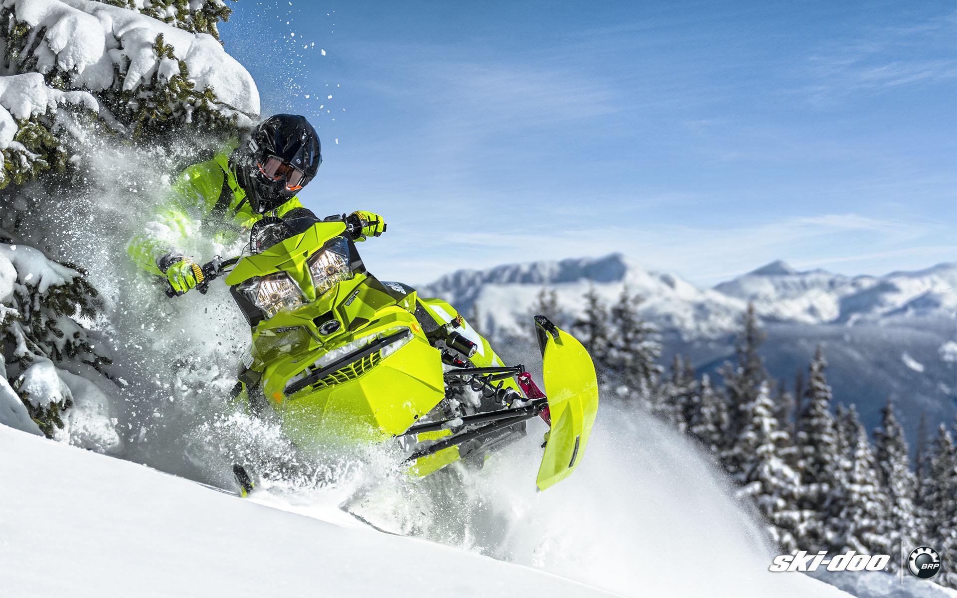 Купить спортивный снегоход