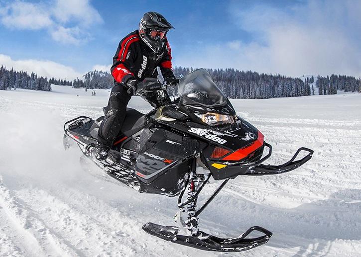 Горный снегоход Ski Doo