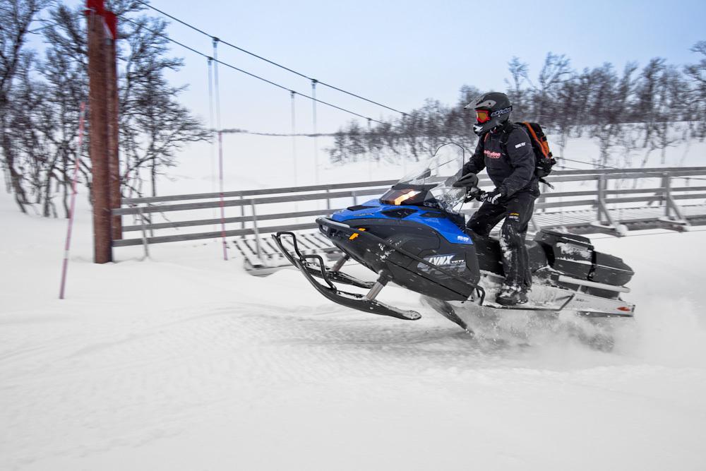 Новые снегоходы 500