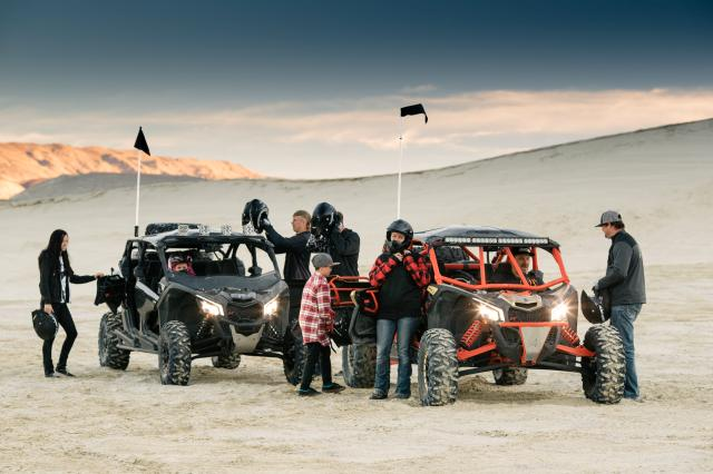 Maverick-X3-MAX-X-rs-X-ds-Lifestyle